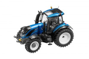 Valtra Scale Models